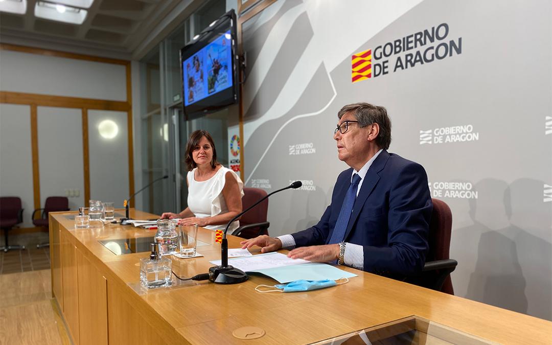 Arturo Aliaga junto a Elena Allué./ DGA