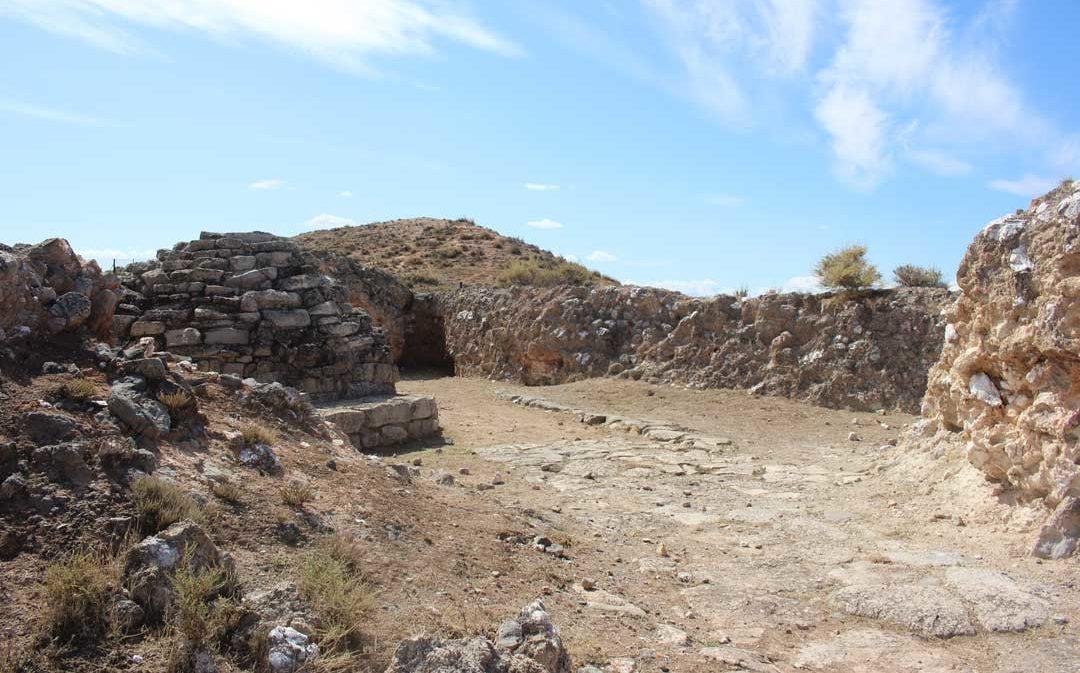 Se reanudan las visitas a la Loma del Regadío y el Cabezo de Alcalá