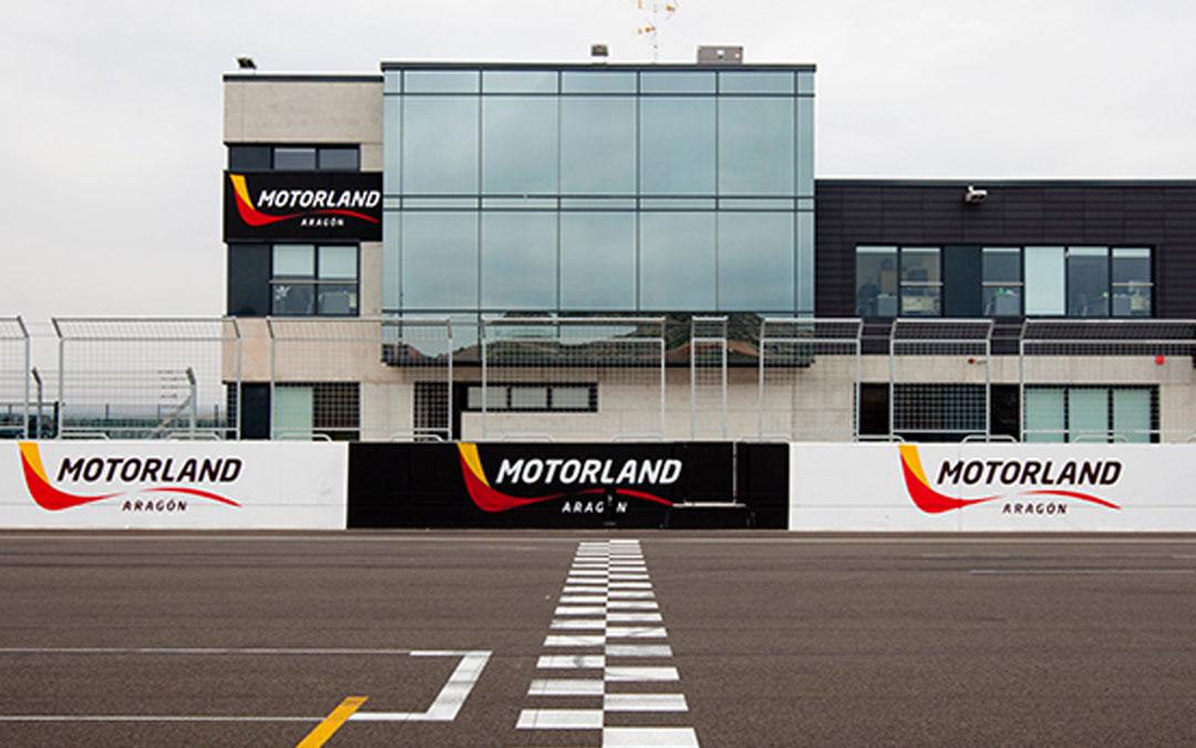 Edificio principal de oficinas de Motorland Aragón