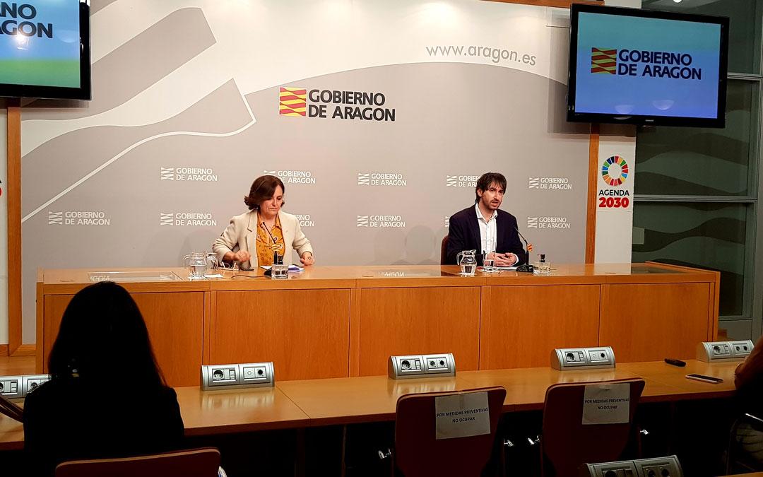 Machín y Gimeno en rueda de prensa en la sede del Gobierno de Aragón. / DGA