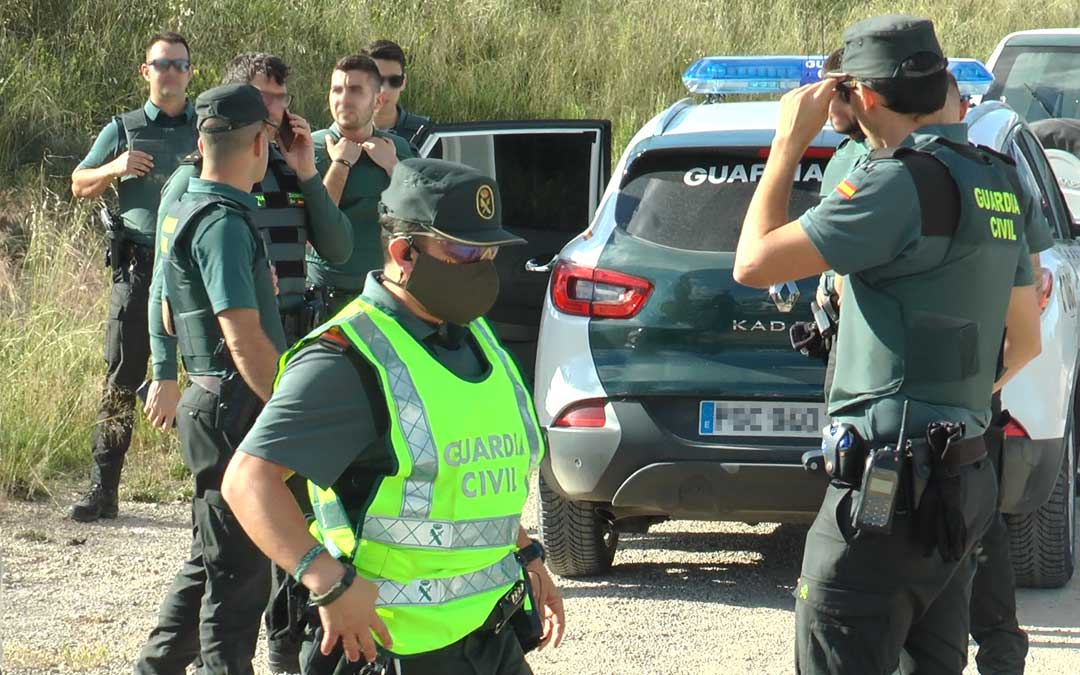 El dispositivo de la Guardia Civil desplegado en Andorra para detener al Rambo de Requena./ L.C.