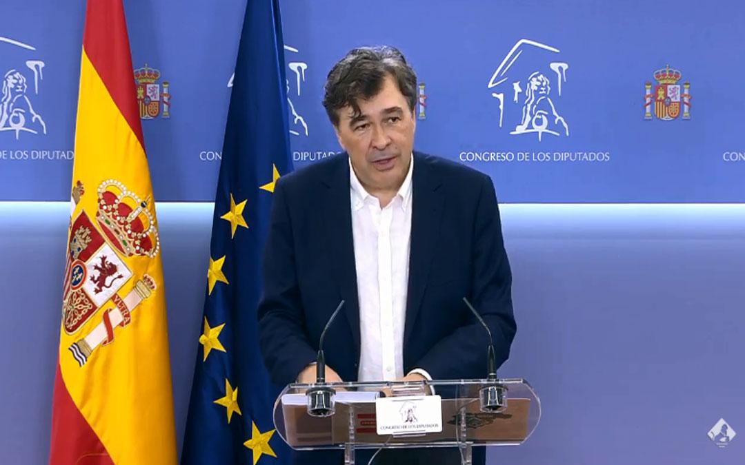Teruel Existe presenta en el Congreso el Pacto por la Reconstrucción de la Provincia