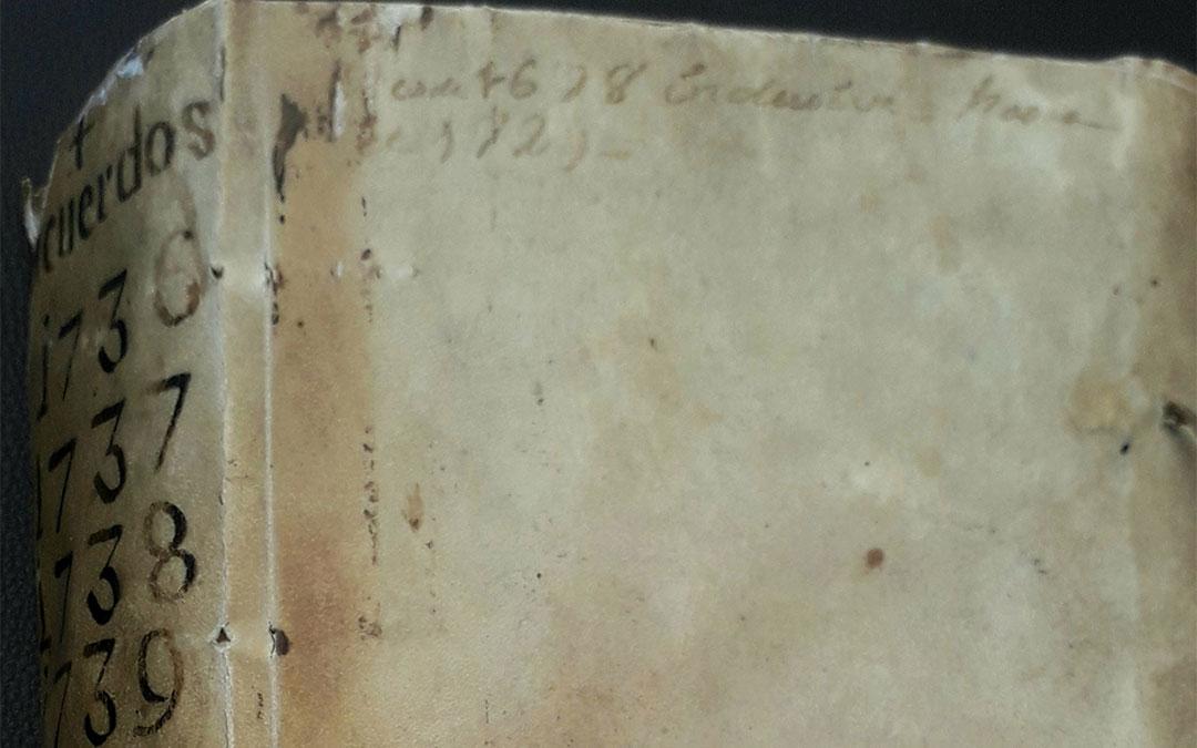 Imagen del Libro I de las Actas de Pleno del Ayuntamiento de Alcañiz (1736-1740)./ L.C.