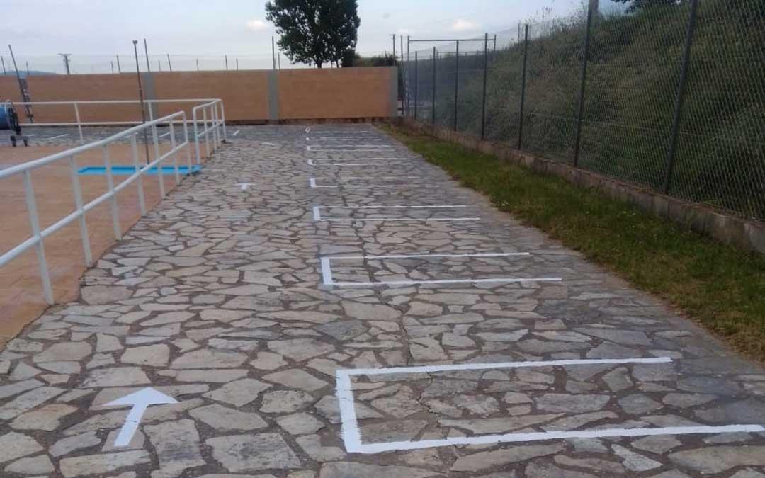 La piscina de La Iglesuela ha acotado los espacios en el suelo / Ayto.
