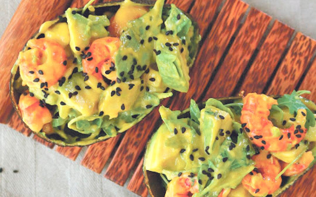 Ensalada de langostinos mango y aguacate