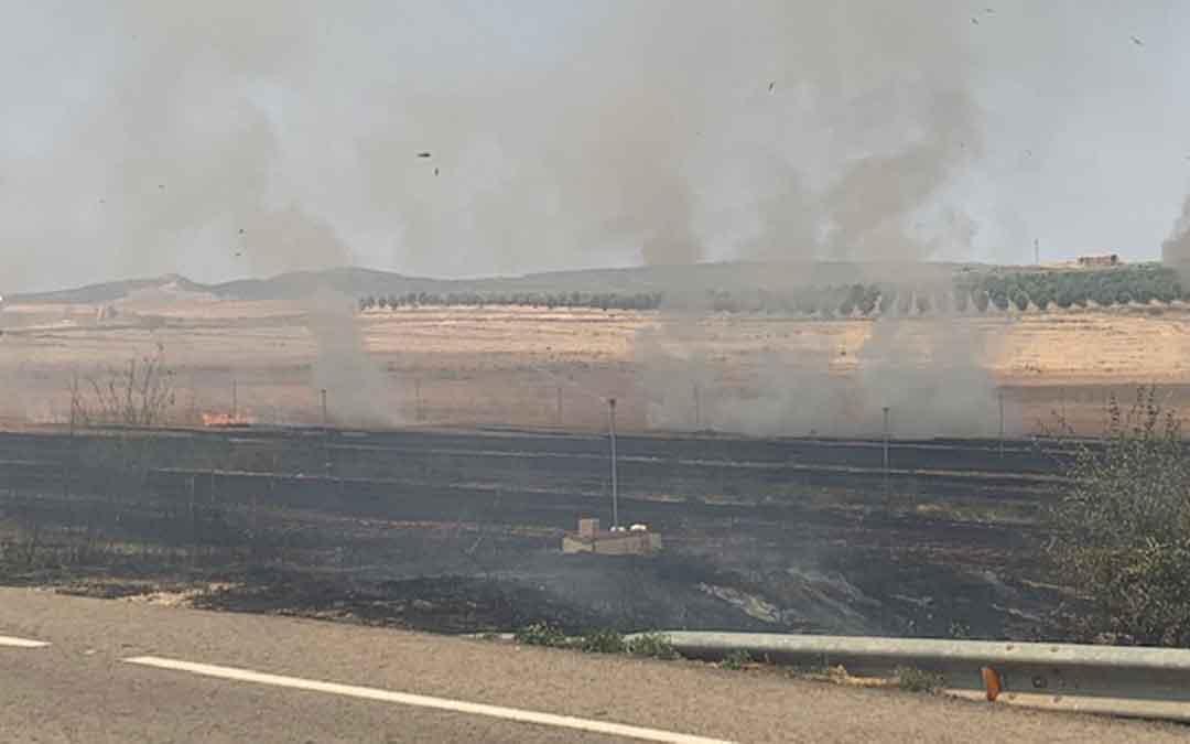 Imagen del incendio a las 14.45