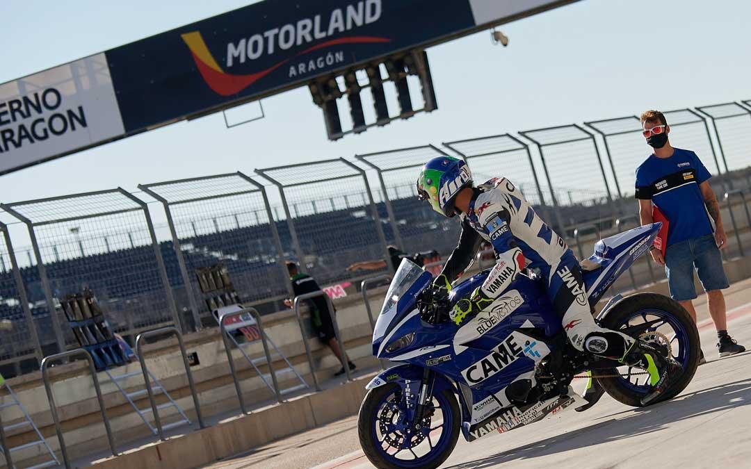 Imagen de uno de los pilotos participantes en los test. FOTO: Motorland Aragón.