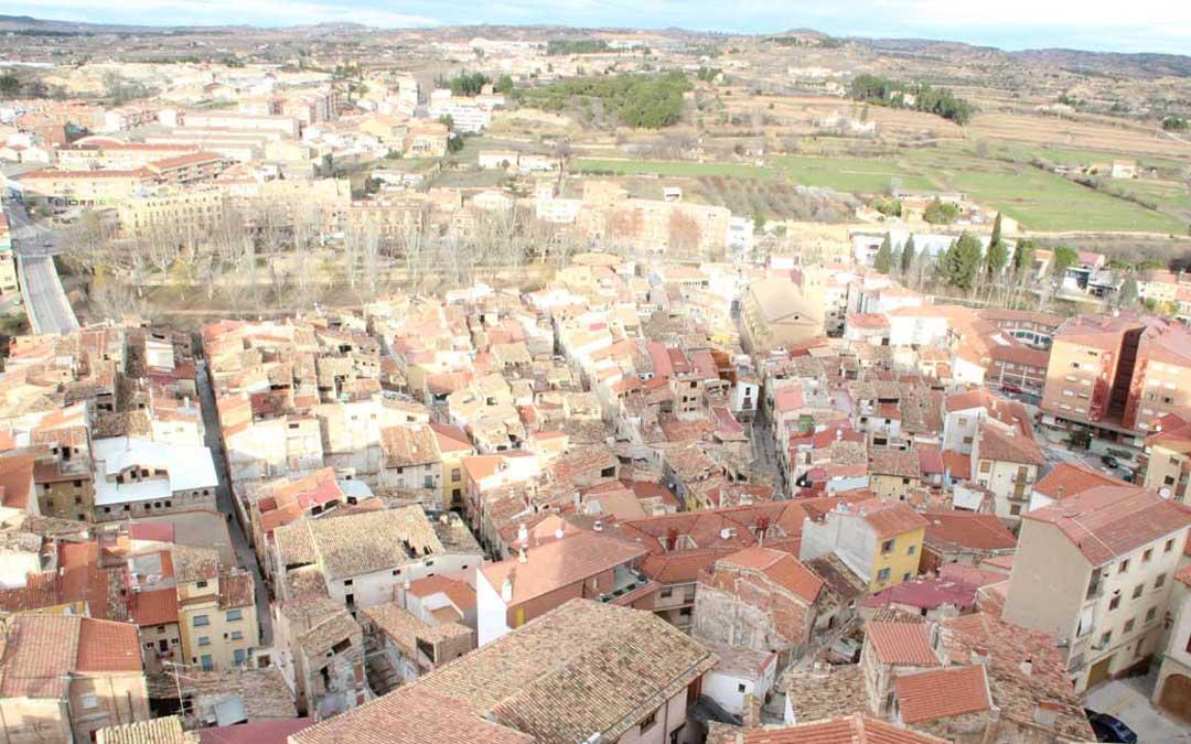 Panorámica del casco viejo de Alcañiz / L. Castel