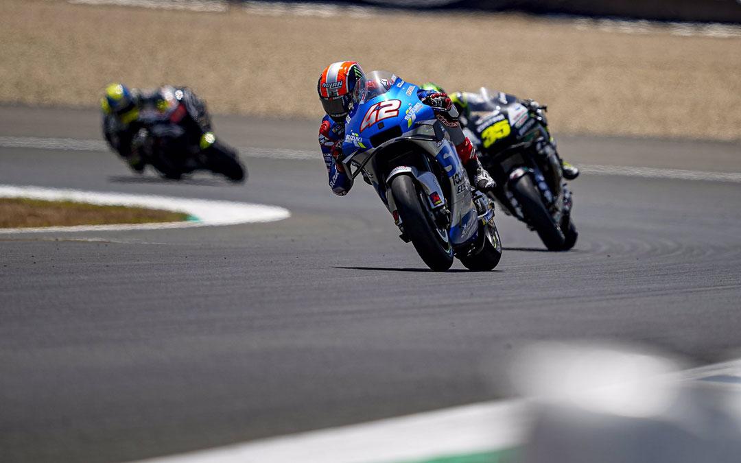 Sufrida décima posición de Rins en un GP sin Marc Márquez