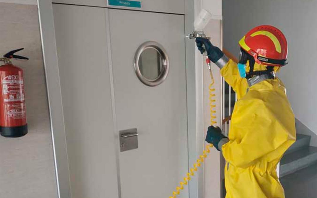 Imagen de archivo de desinfección en Calanda, donde se actuó en el Centro Residencial y el centro de salud. / DPT