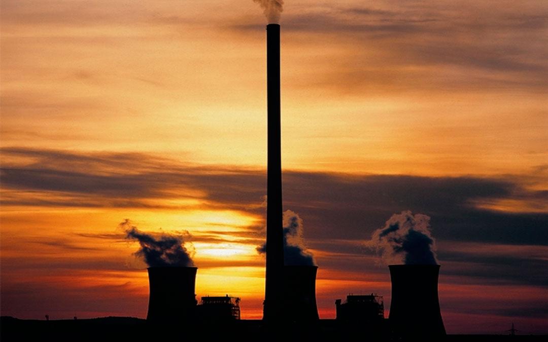La plataforma contra el desmantelamiento de la Térmica entrega su propuesta a DGA