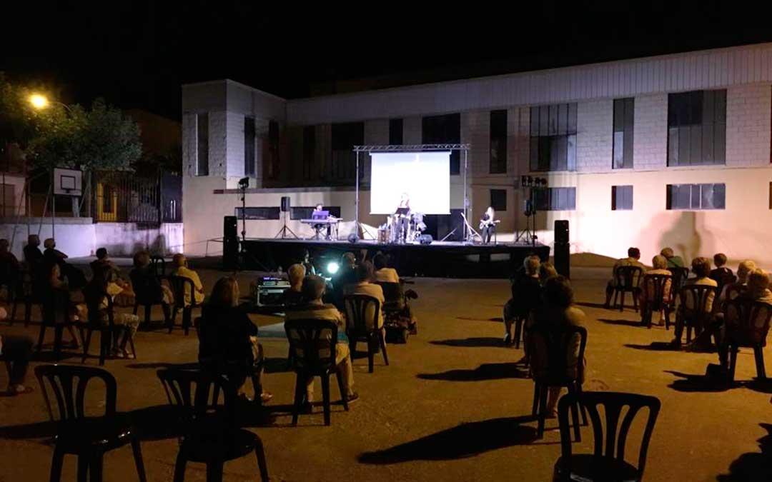 Concierto de Paco Damas el pasado sábado, 25 de julio, en Fabara.