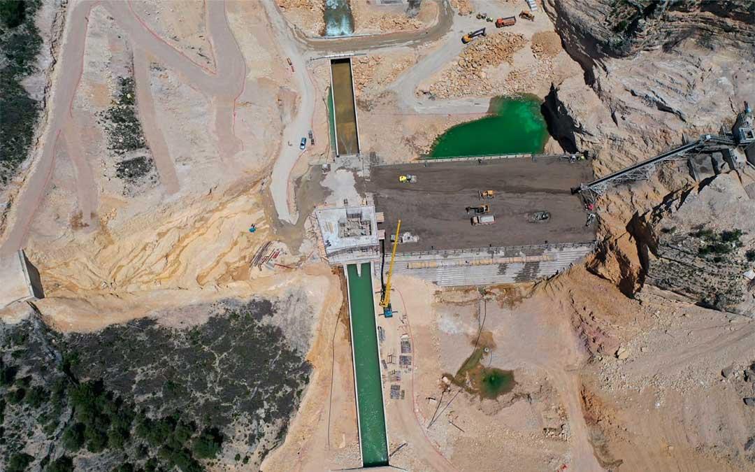 La presa de Santolea se encarece dos millones para modificar los cimientos