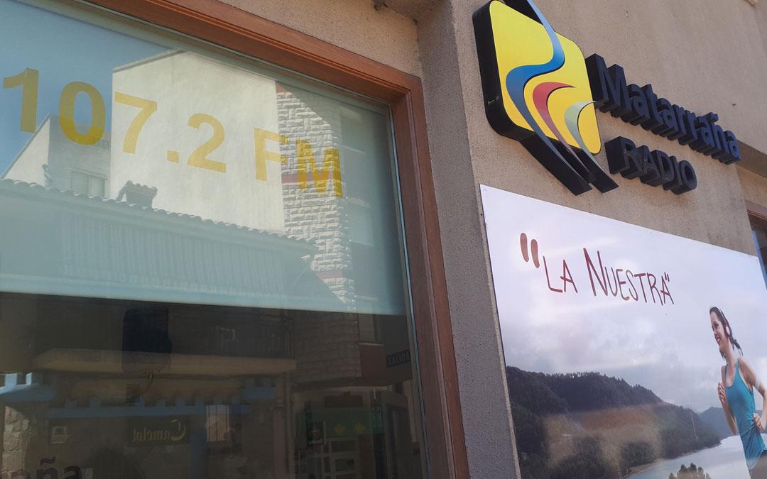 Entrada a la emisora de Matarraña Radio, en Valderrobres./ L.C.