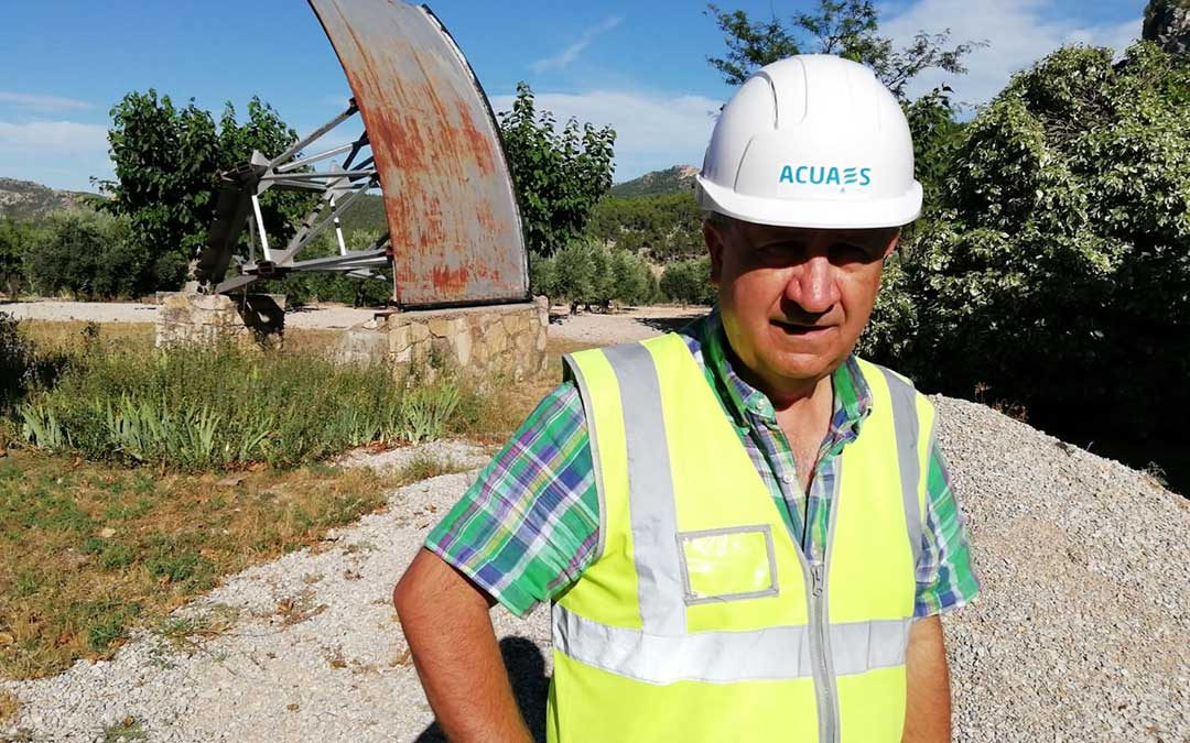Fernando Lacasta, director de la obra del recrecimiento de Santolea de la Sociedad Mercantil Estatal ACUAES./ F.L.