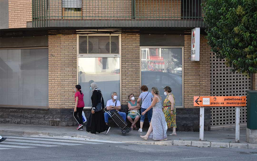 Preocupación en Caspe por un brote de coronavirus entre jóvenes de la localidad
