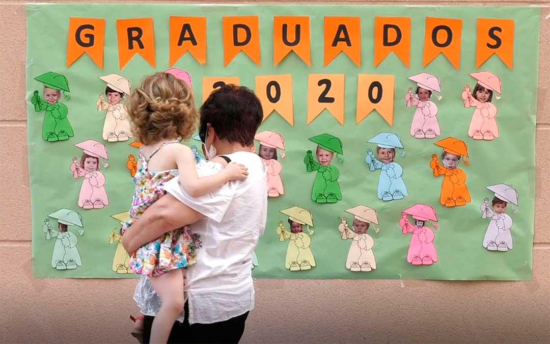 Graduación 2020 de los alumnos de 3 años de la escuela infantil La Selveta de Alcañiz./ Ayto. de Alcañiz
