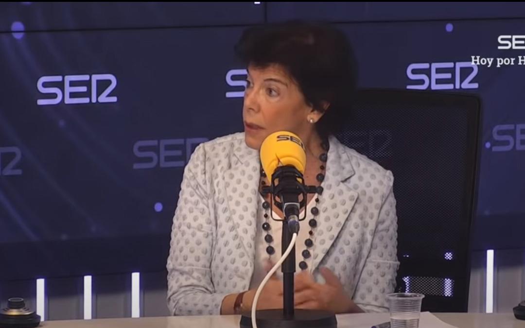 Isabel Celaá, en la entrevista donde adelantó algunos planes del Gobierno para el próximo curso.