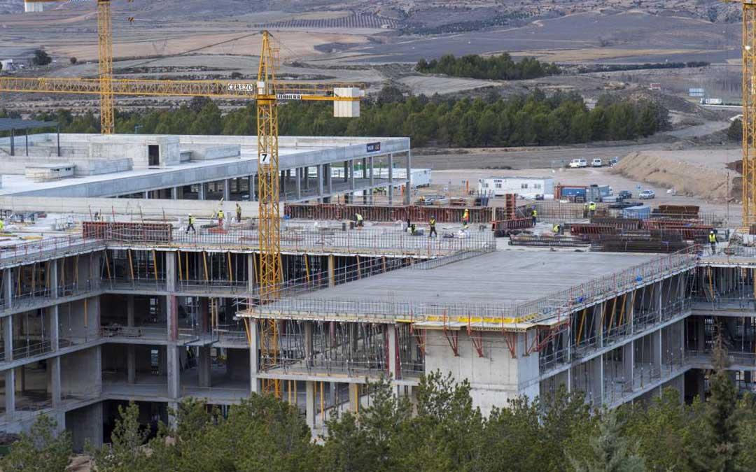 Obras del nuevo Hospital de Teruel / Antonio García/Bykofoto