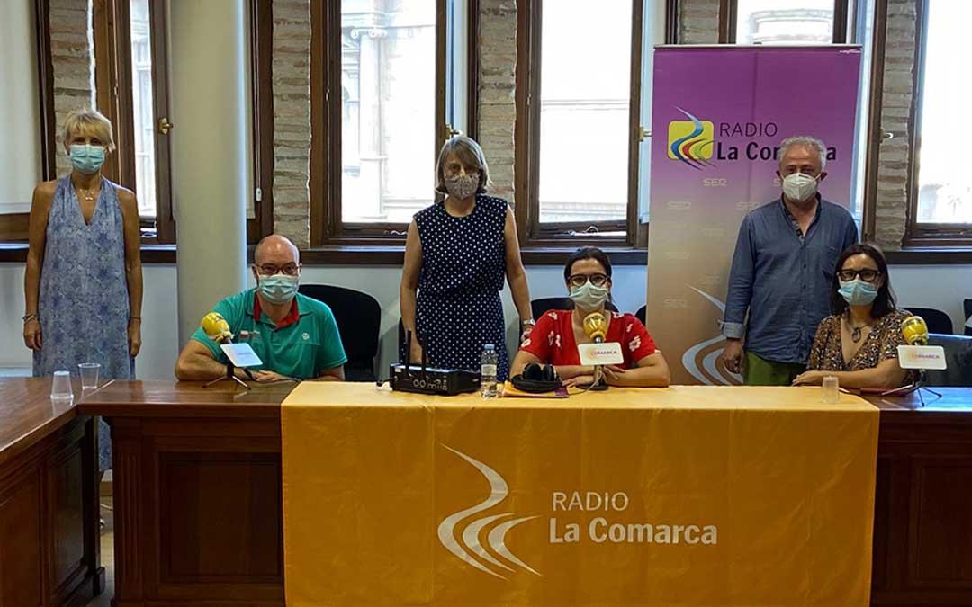 Invitados al programa especial emitido desde la sede de la Comarca Andorra-Sierra de Arcos./ L.C.