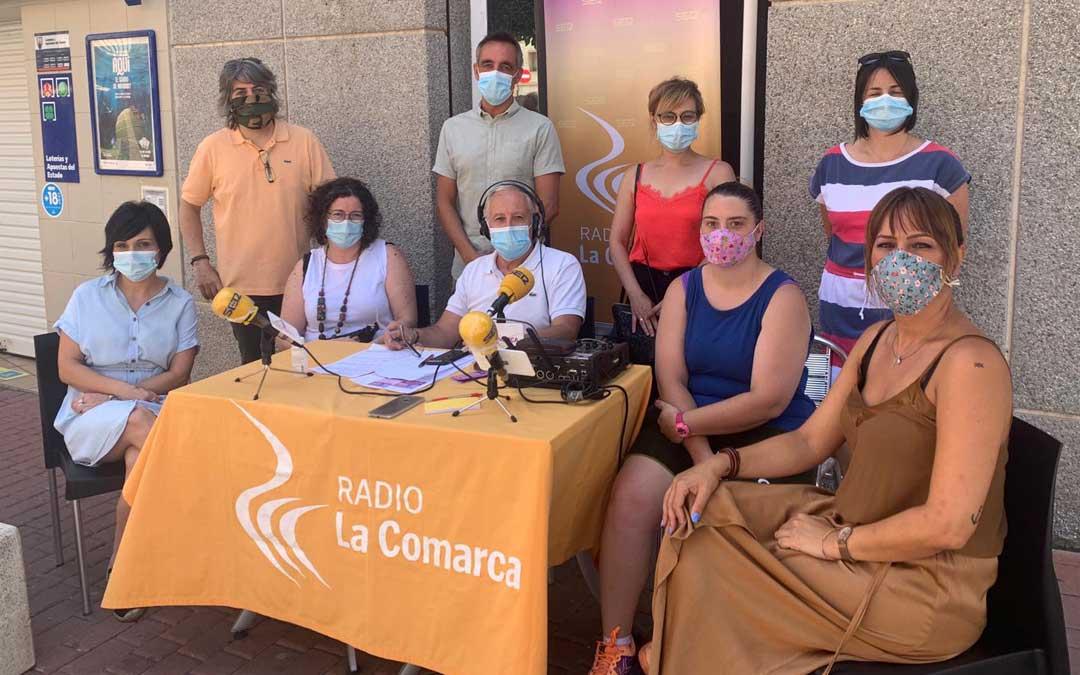 Participantes en el programa de radio emitido desde Andorra