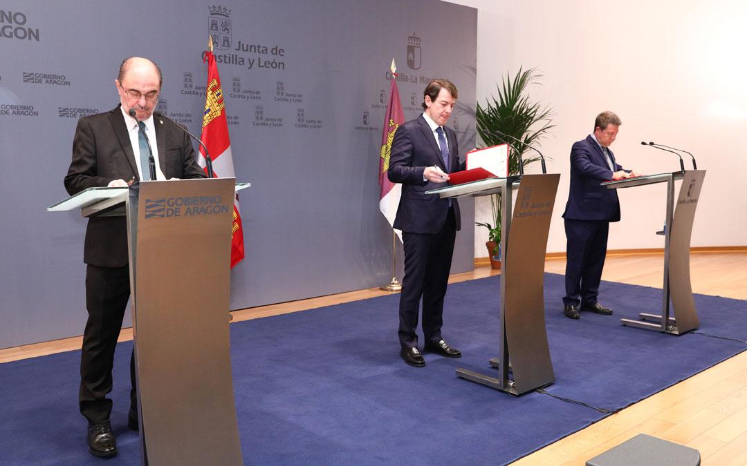 Reunión entre los presidentes de Aragón, Castilla y León y Castilla-La Mancha./ DGA