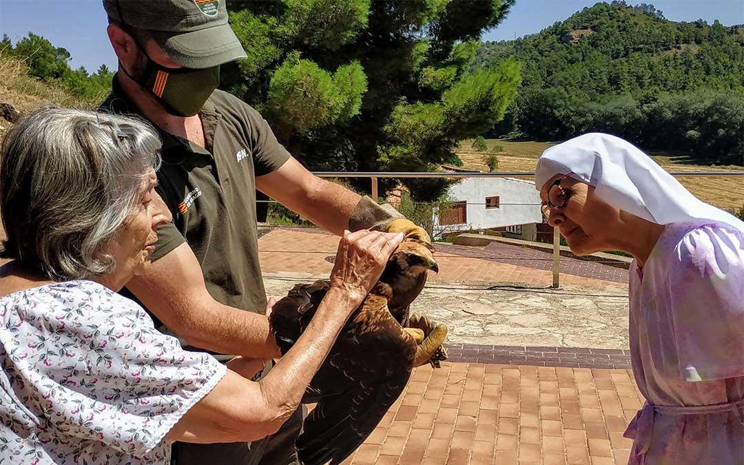 Familiares de los frailes garantizaron el bienestar del animal hasta la llegada del APN./ Fernando Ruiz