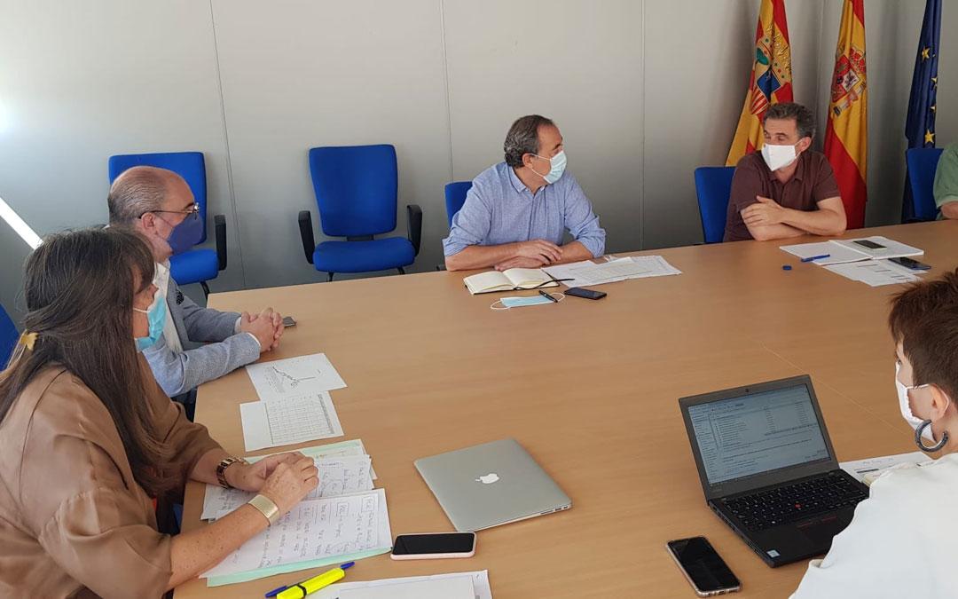 El presidente Lambán y el consejero Olona asistieron este jueves a la reunión diaria de seguimiento del covid en Aragón / DGA