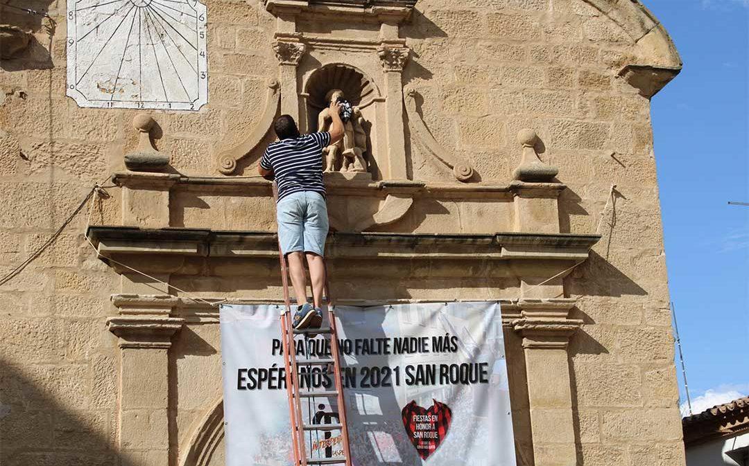 """San Roque se viste de negro """"para que no falte nadie más"""""""