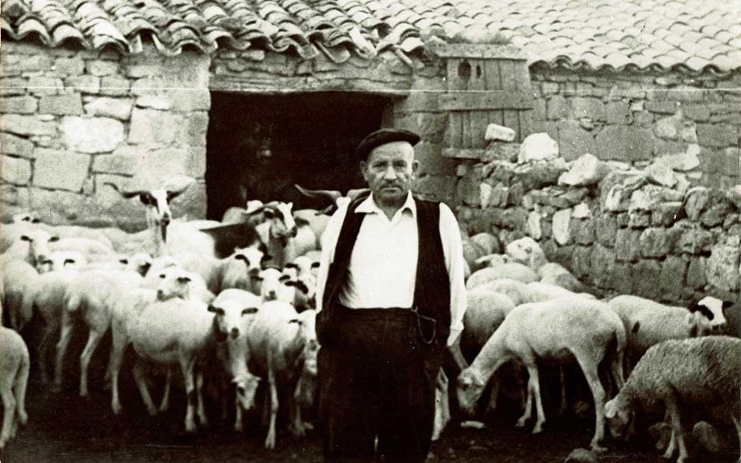 Imagen del ganadero David Buisán, cedida por la Junta Local de Ganaderos de Caspe.