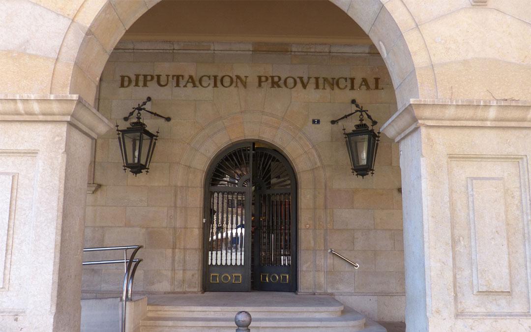 Fachada de la Diputación Provincial de Teruel./ L.C.