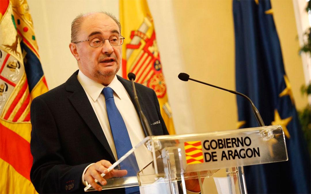 El presidente de Aragón durante la rueda de prensa de este martes./ DGA