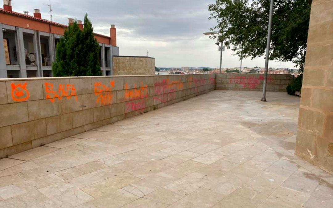 Pintadas en Alcañiz./ L.C.