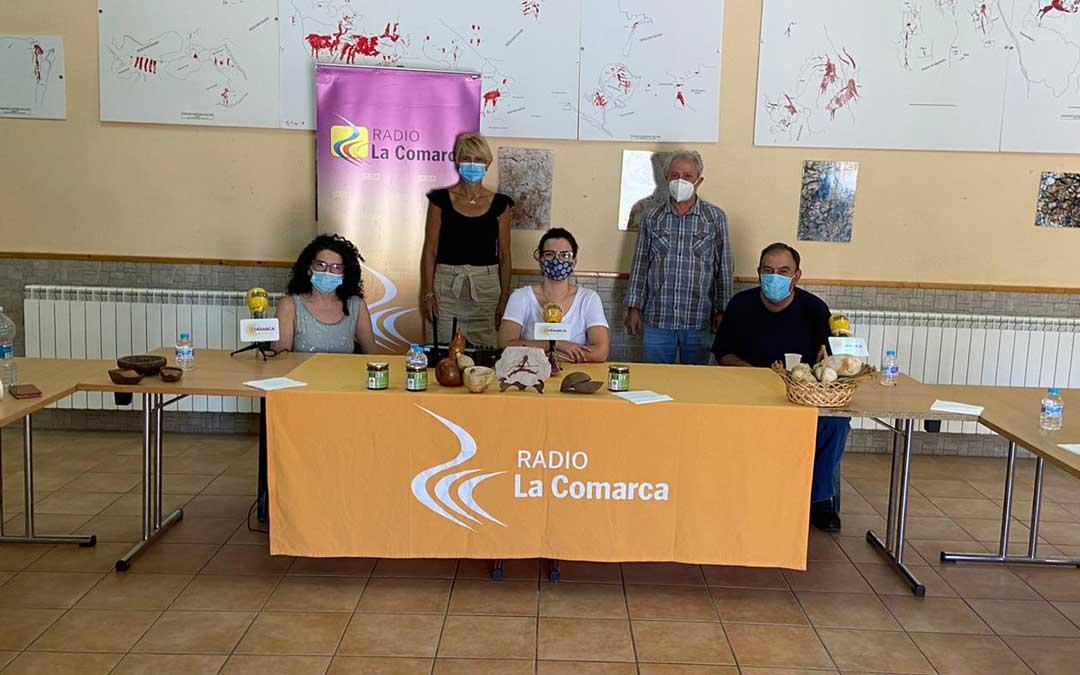 Participantes en el programa de Radio La Comarca emitido desde Alacón