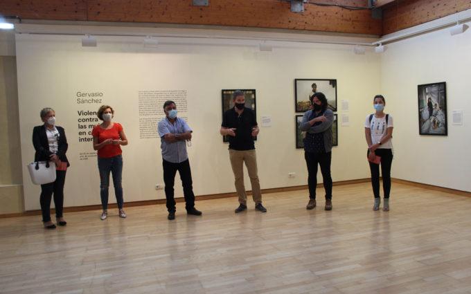 Alcañiz acoge la exposición de Gervasio Sánchez sobre las violencias contra las mujeres en conflictos internacionales