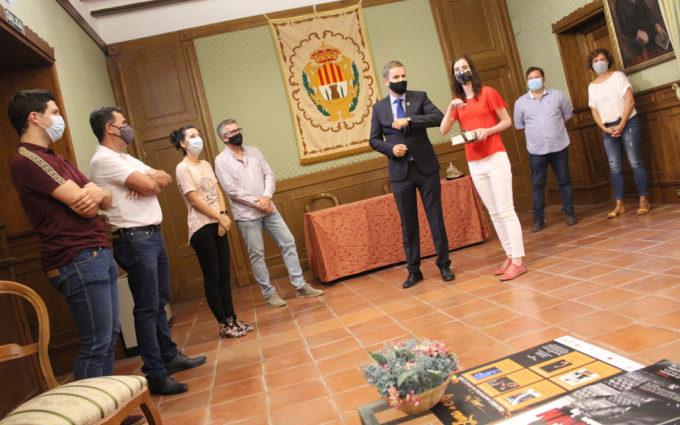 Julia Sánchez recibe su Quijote como Mejor expediente académico de Alcañiz