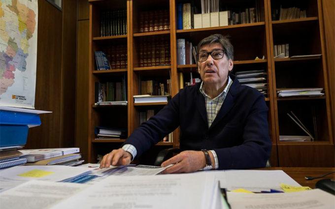 Una veintena de críticos del PAR, entre ellos Biel, se constituyen en gestora del partido en Teruel