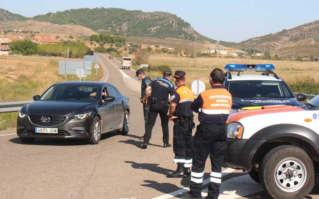 Control de Guardia Civil, Policía Local y Protección Civil en Andorra el viernes 11 de septiembre/ A. Gracia