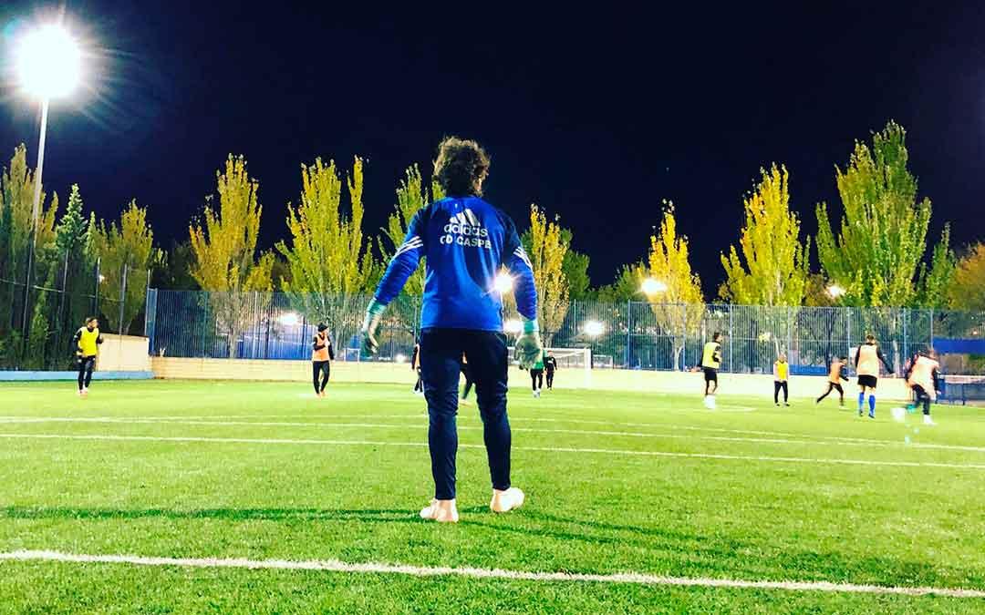 Entrenamiento del primer equipo del Club Deportivo Caspe. Imagen: Erika Martínez