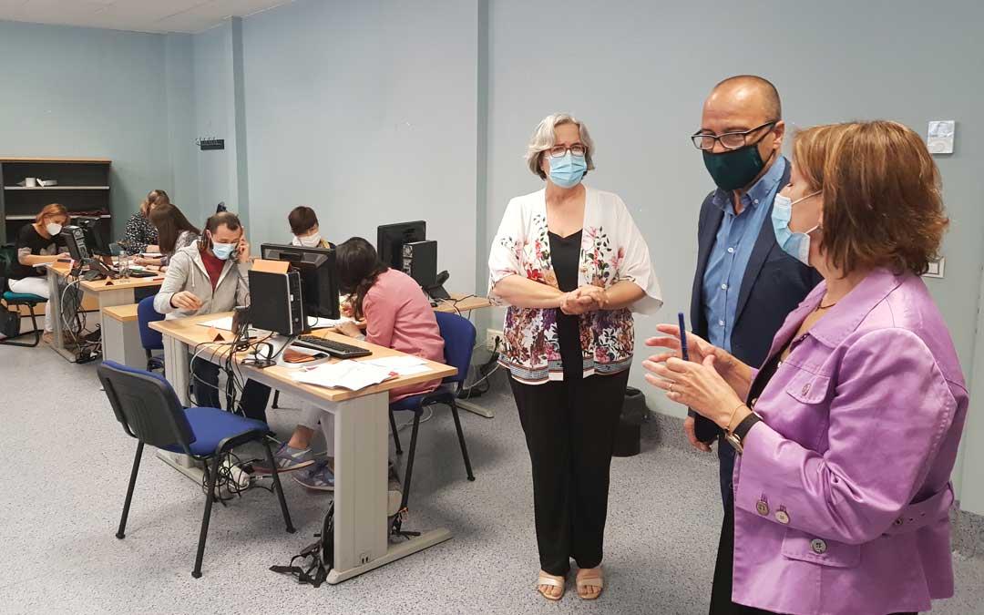 Faci ha visitado este viernes a los equipos COVID de Zaragoza que están ayudando a los centros educativos en todo lo relativo a la crisis sanitaria / DGA