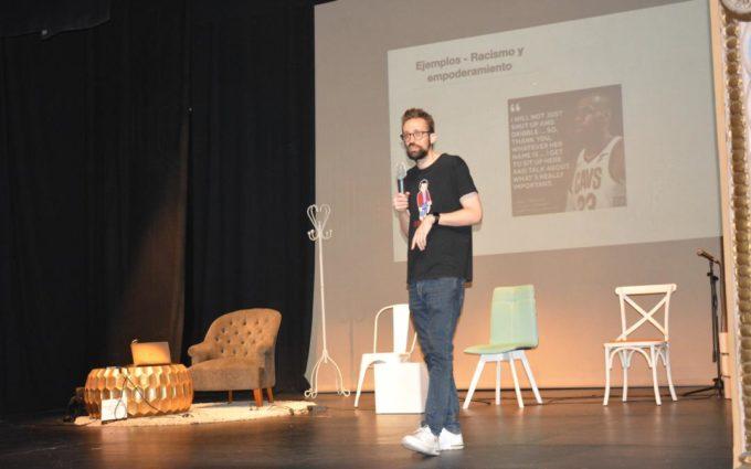 Joseba Bonaut analiza los discursos del odio en el periodismo deportivo digital