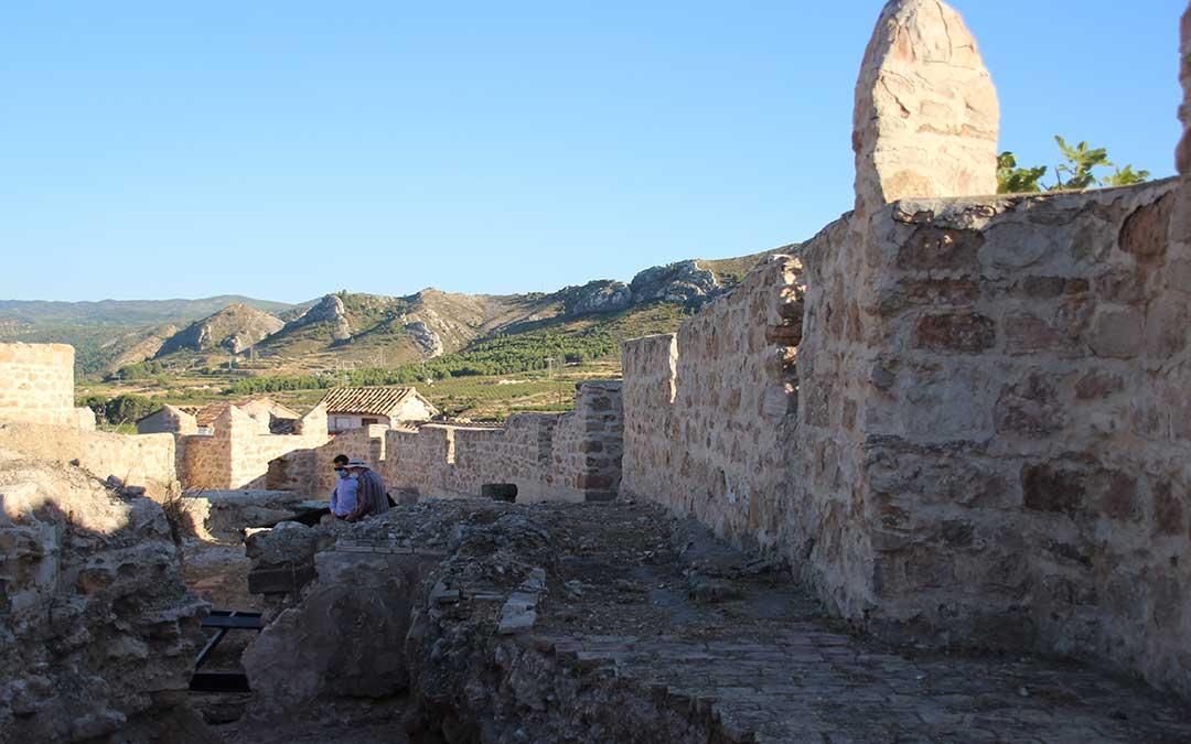 Muralla del Castillo de Calanda