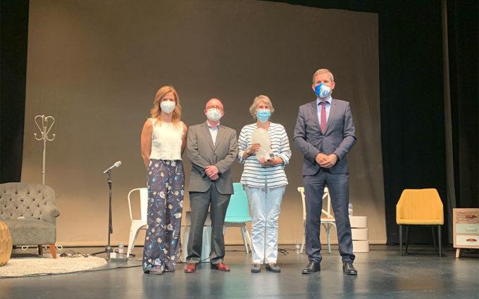Paloma del Río recoge el primer premio periodístico Pilar Narvión