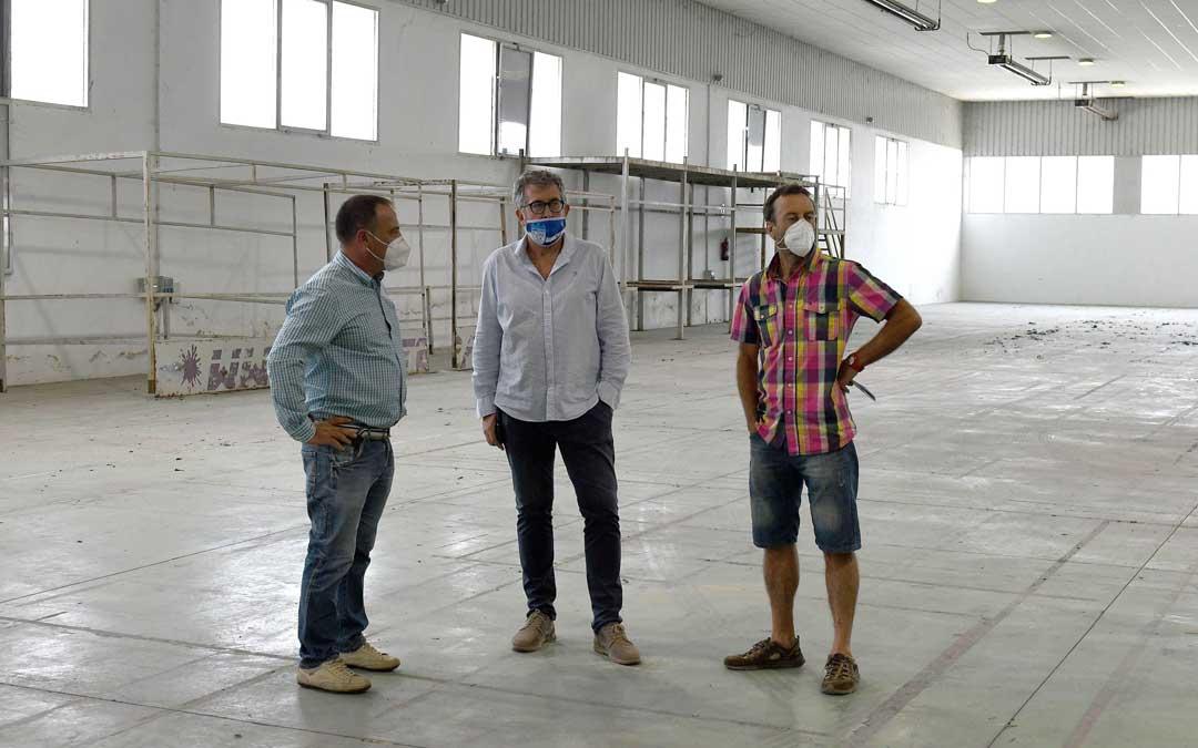 Participantes en la presentación del recinto ferial como nueva instalación deportiva en Alcañiz