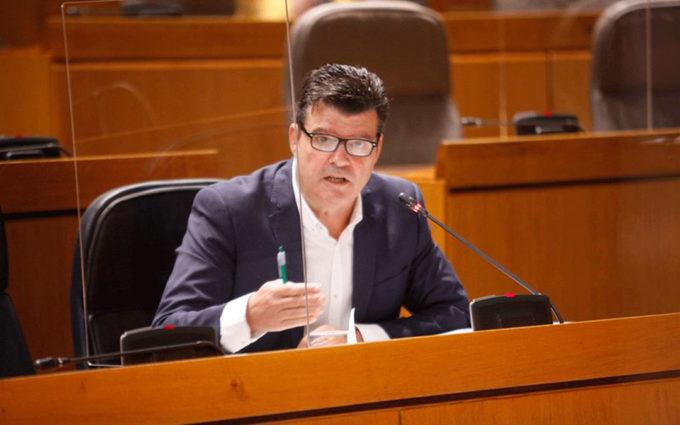"""Javier Allué garantiza """"mecanismos financieros específicos"""" en la futura ley de Dinamización del Medio Rural"""