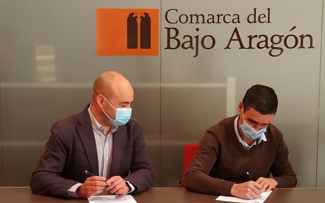 Firma convenio entre la Comarca del Bajo Aragón y la Ruta del Tambor y Bombo
