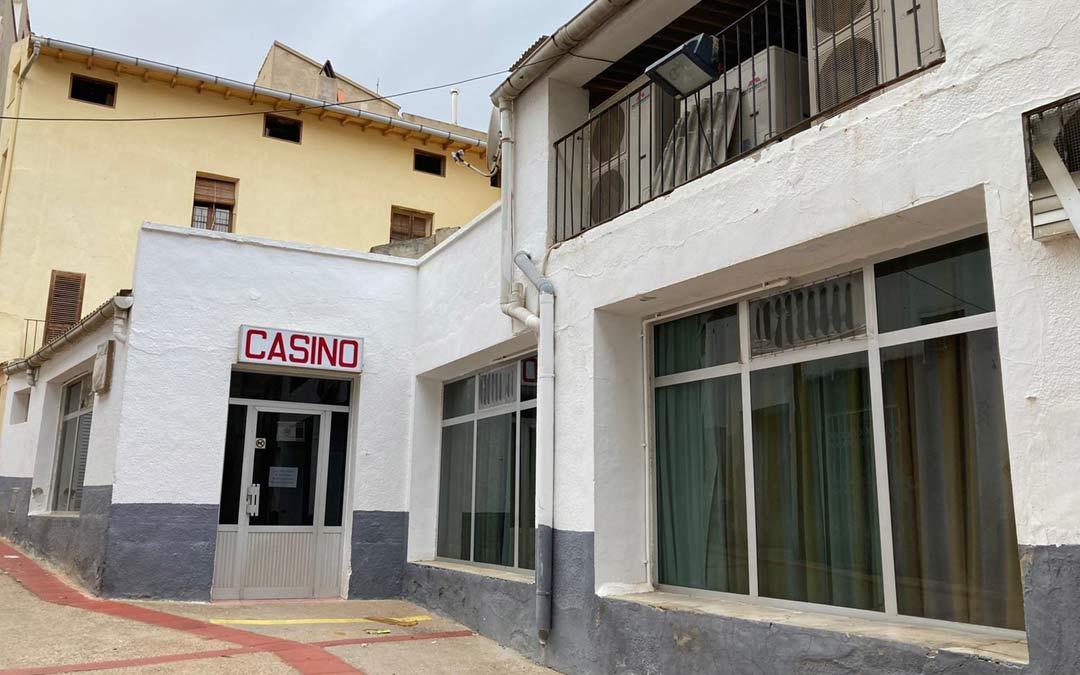 Fachada del Casino de Albalate./M.J.S.