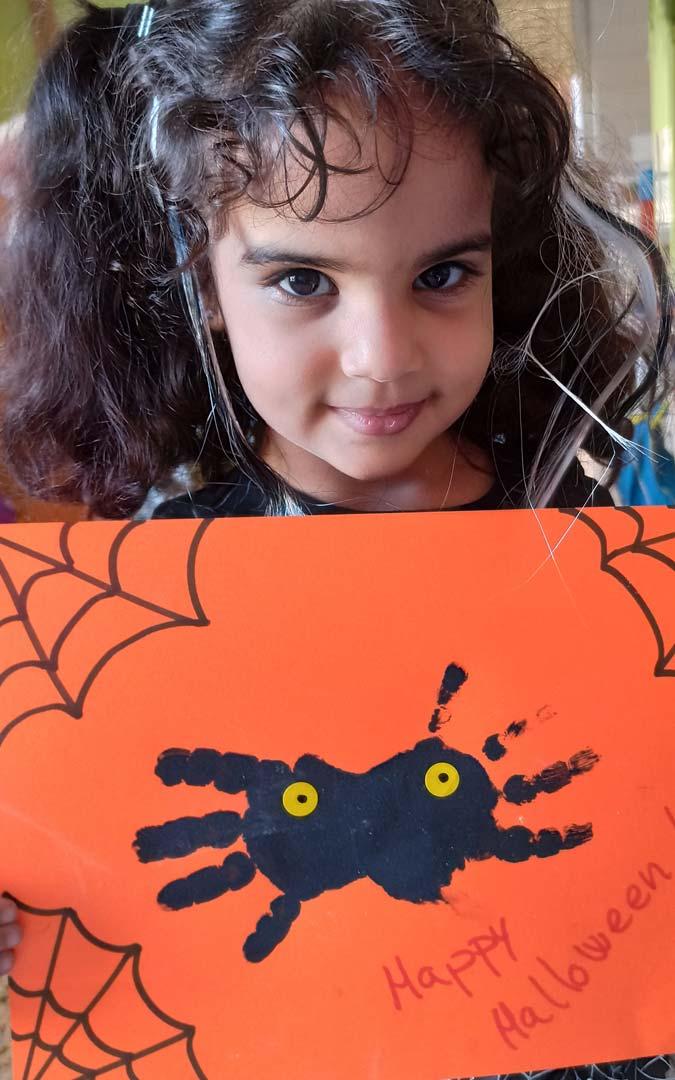 """Arañas para desear un """"Feliz Halloween""""./La Inmaculada"""