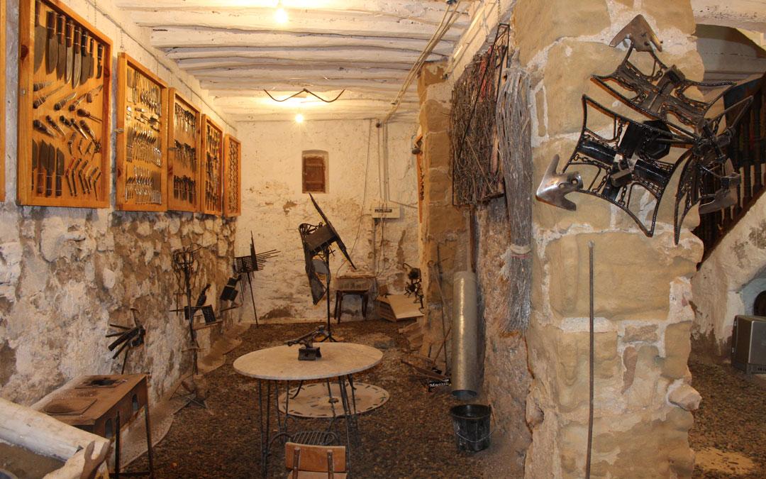 Una estancia de la Casa de los Hierros o Casa dels Ferros de Fabara. / Archivo personal Jesús Guallar