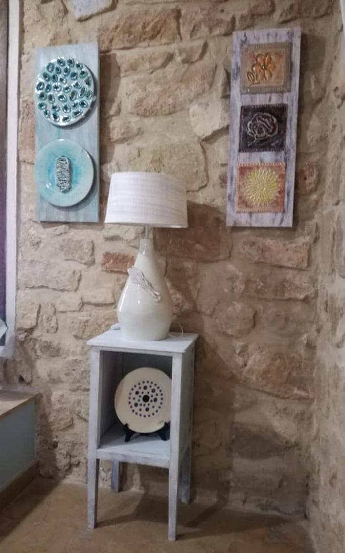 Parte de cerámica de decoración de pared. / Archivo personal